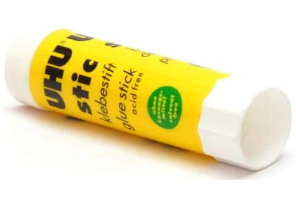 דבק סטיק UHU glue stick